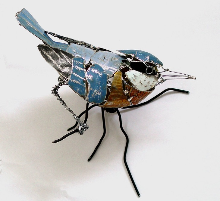 Beautiful animal sculptures made out of recycled scrap metal by Barbara Franc, Nuthatch