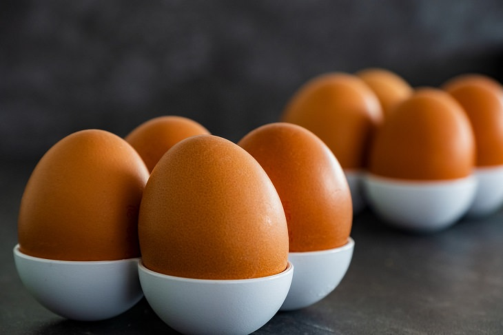 Foods that are rich in Vitamin D, Eggs
