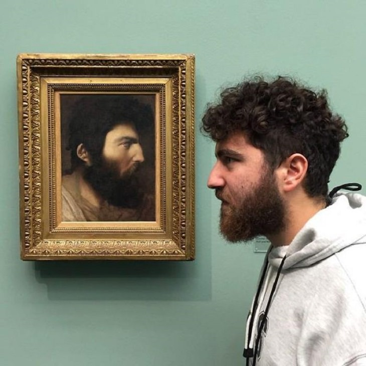 People who found their doppelgangers in art museums and paintings all over the world,