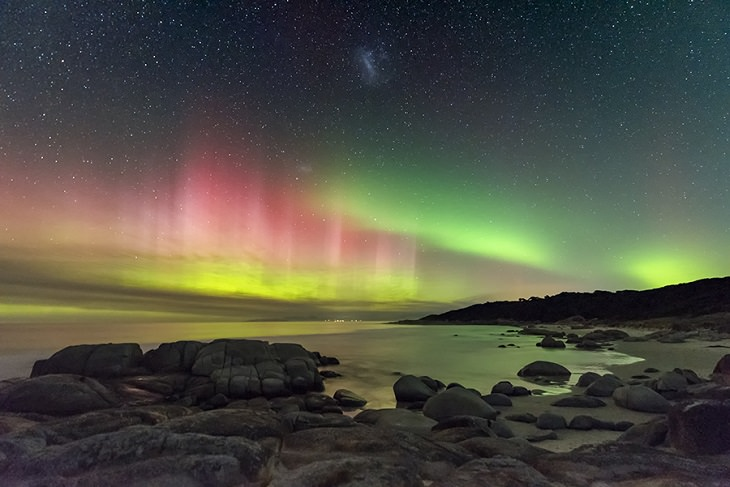 Photographs awarded Winner, Runner Up and Highly Commended in the Insight Investment Astronomy Photographer of the Year Competition 2019 organized by the Royal Observatory Greenwich, Runner Up, Category Aurorae, Aurora Australis from Beerbarrel Beach, By James Stone