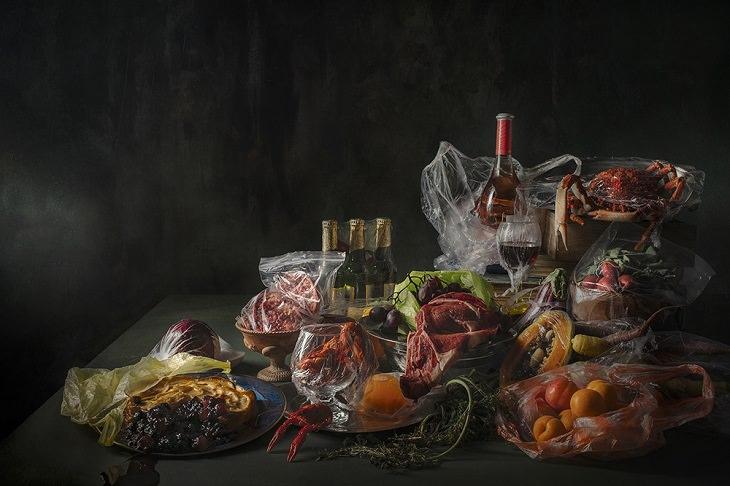 Vencedores de diferentes categorias do Prêmio de Fotografia de Belas Artes de 2019, Categoria Tema Aberto, Vencedores Profissionais, 2º Lugar, Prêmio de Prata, Trilogia de Plástico # 2 (Plastic Heritage) (Série), de Carlos Velasco