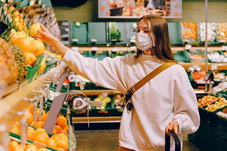 Cómo mantenerse a salvo dentro de una tienda de comestibles
