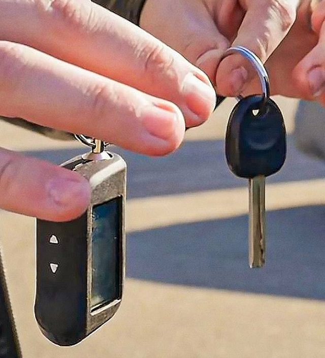 Handy tips and tricks for every car owner and driver, keep car remote control separate from the key