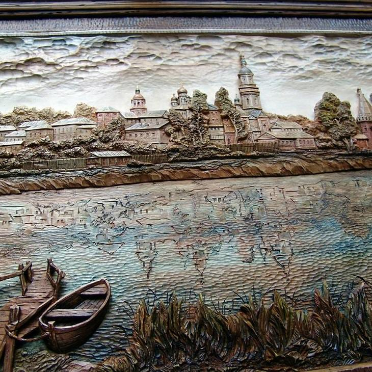 Many beautiful works of art, depicting landscapes, people, still-lifes and other images, carved in wood by master wood worker Evgeny Dubovik