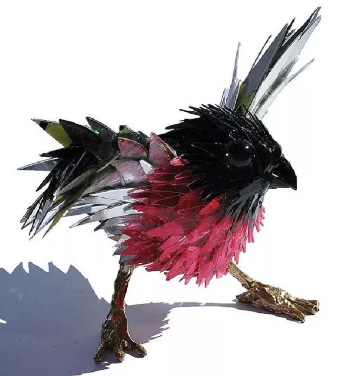 Animal sculptures by Sean Avery made from recycled CD's