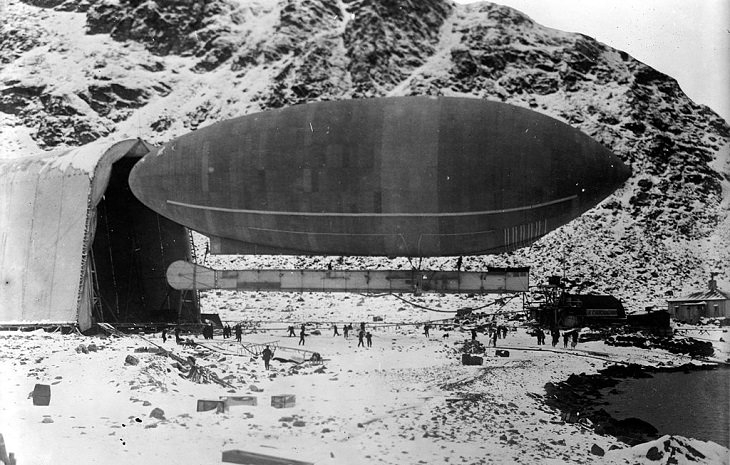 20th Century Aircrafts that mysteriously vanished and the stories of their disappearances, The America (non-rigid airship)