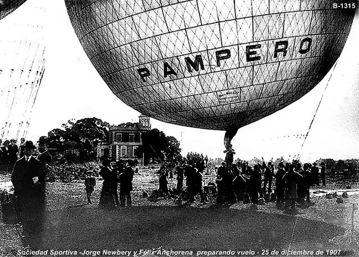 20th Century Aircrafts that mysteriously vanished and the stories of their disappearances, The Pampero, Aerostat (Coal Gas Balloon)