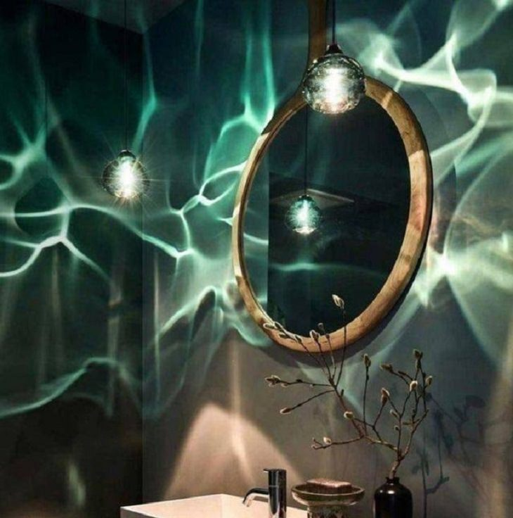 Unique and beautiful designs, lights that resemble being underwater