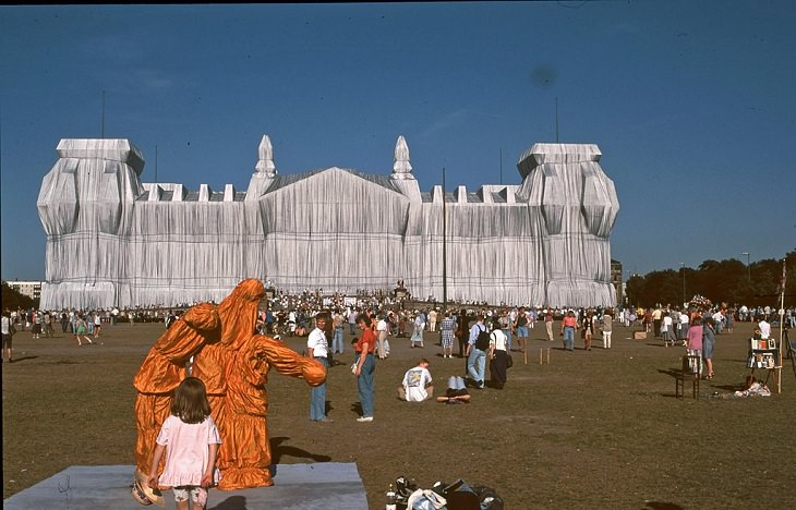 The incredible unique and monumental works of of wrapped art by Christo and Jeanne Claude, a tribute to Artist Christo who died 1st June, 2020, Reichstag building Wrapped, 1995