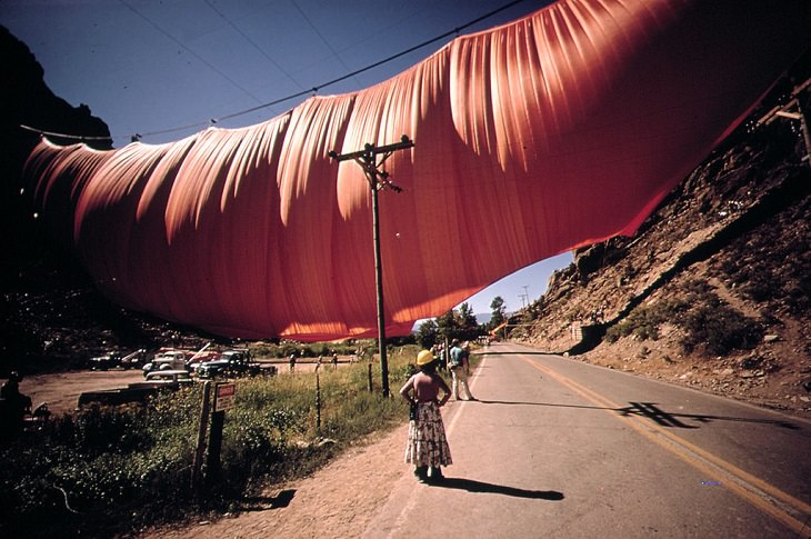 The incredible unique and monumental works of of wrapped art by Christo and Jeanne Claude, a tribute to Artist Christo who died 1st June, 2020, Valley Curtain, wrapped across the Colorado Mountains, 1972