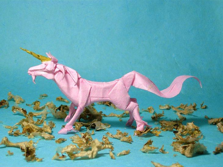 Origami animals, real and mythological, designed by Japanese origami expert Satoshi Kamiya, Unicorn