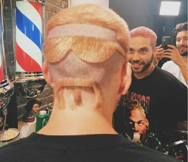 Bizarre and odd hairstyles, haircuts and hairdos