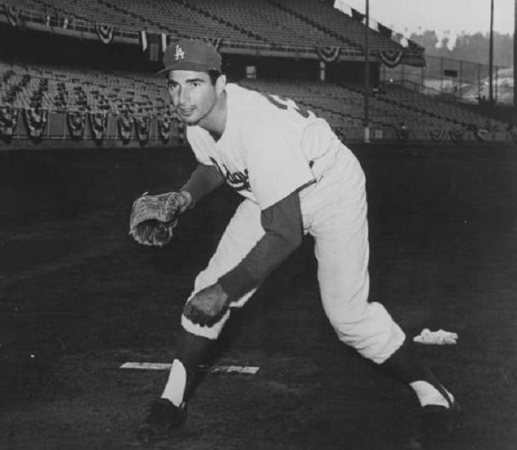 Star Athletes and sports legends that retired surprisingly early, Sandy Koufax
