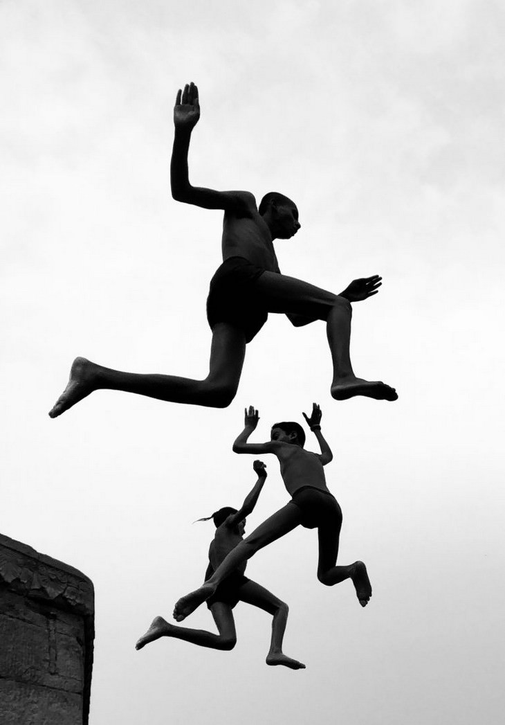 Winners of 2020 iPhone Photography Awards  Grand Prize Prize Winner - 'Flying Boys'