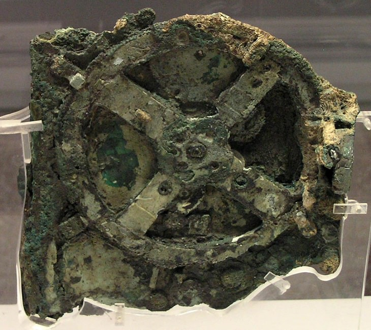 History of computing devices, Antikythera mechanism