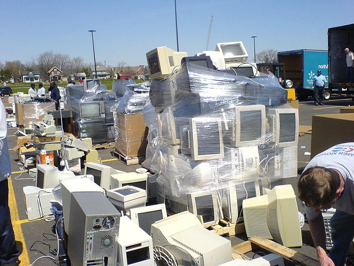 Safe practices and method for recycling old and unusable computers and other electronic devices through e-cycling