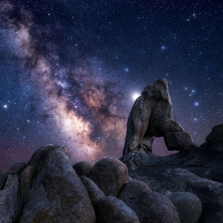 Astronomy photographs of the night sky and nightscapes by Marcin Zajac, Boot arch, A rock formation located in Alabama Hills on the eastern slope of the Sierra Nevada