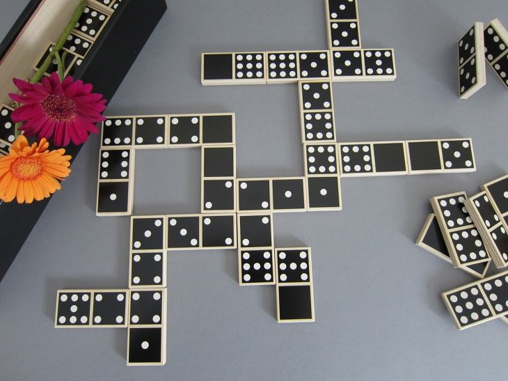 Fun Games To Play With Dominoes