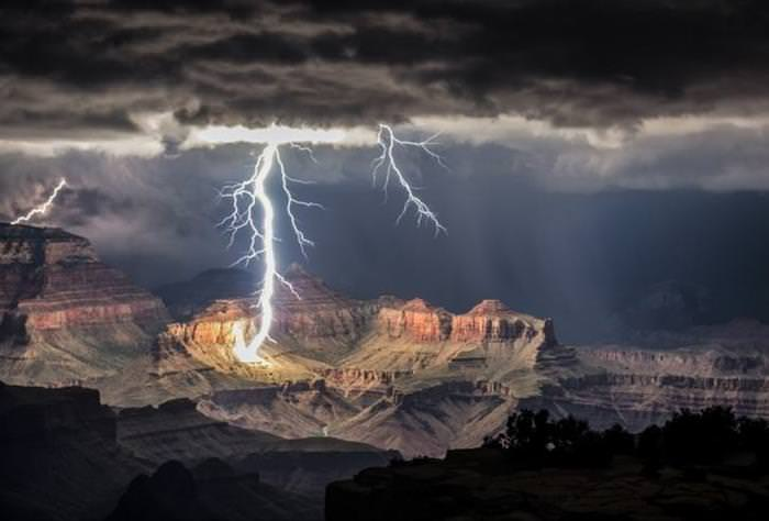 20 Powerful Examples of Mother Nature's Wrath