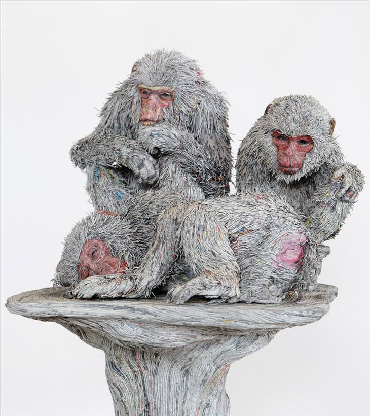 Chie Hitosuyama, art, sculpture, newspaper, animals