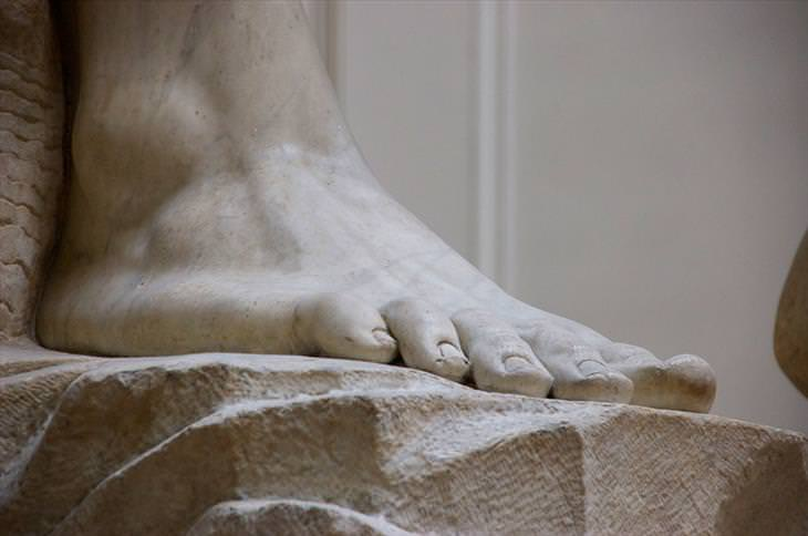 Michelangelo, David, statue, trivia