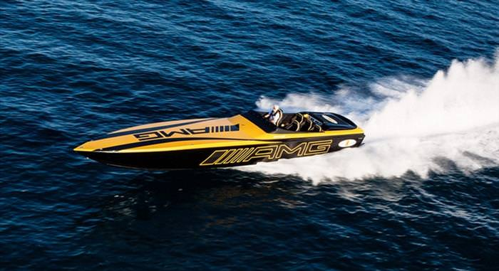 7 of the Fastest Powerboats in the World | Vehicles of Ground, Air