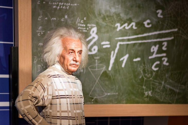 Einstein - Riddle