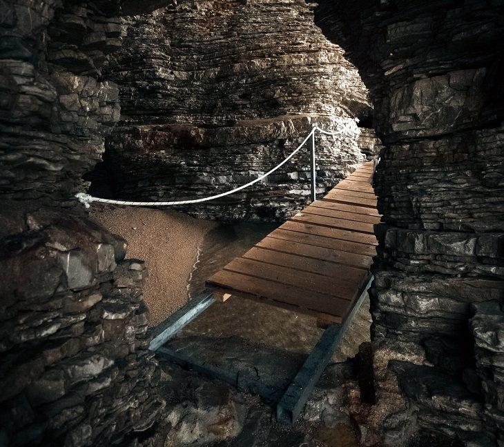 Tunnels dawson georgia with
