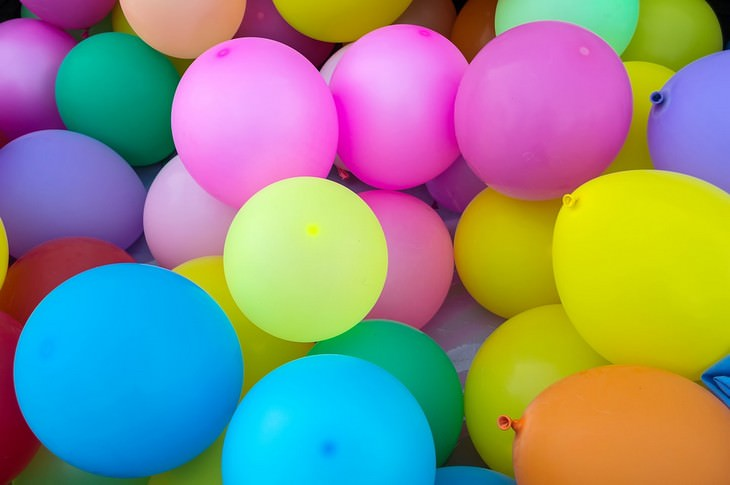 many colorful baloons