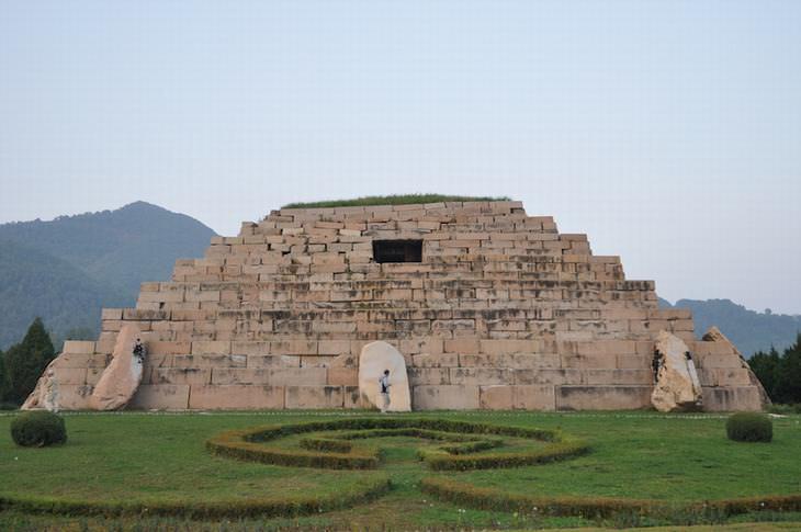 step-pyramids