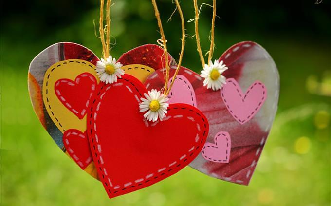 romantic love theme
