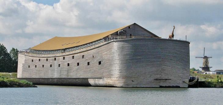 noahs-ark-lifesize