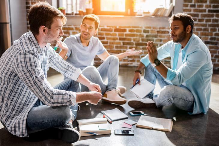 Consejos para vivir feliz La persona con la que hablas también tiene una alta opinión de sí misma, al igual que tú