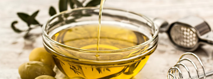dry skin treatments: olive oil