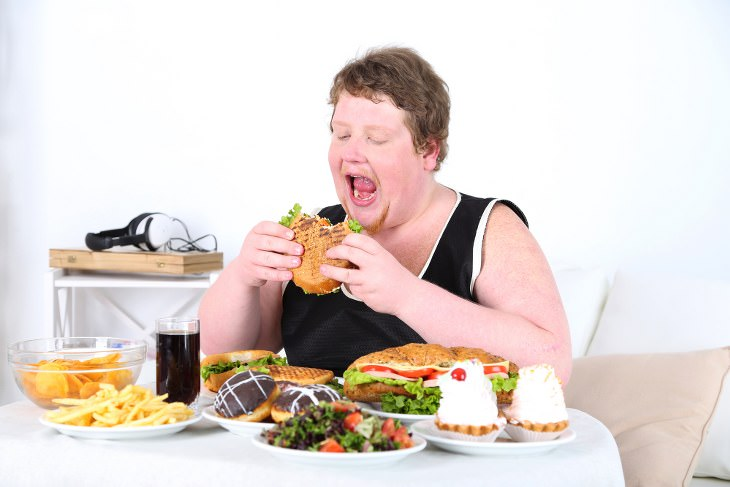 Overeating triggers and tips