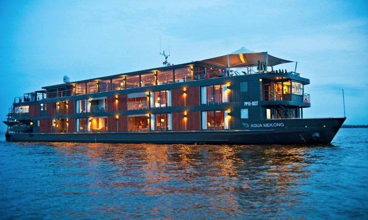 top-10-floating-hotels