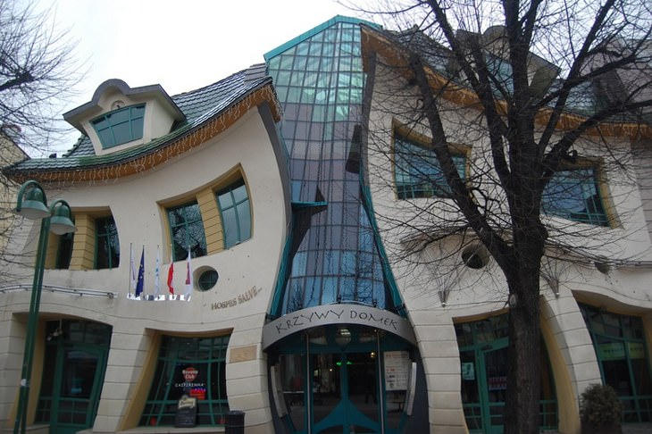 Strange Buildings: The Crooked House, Sopot, Poland