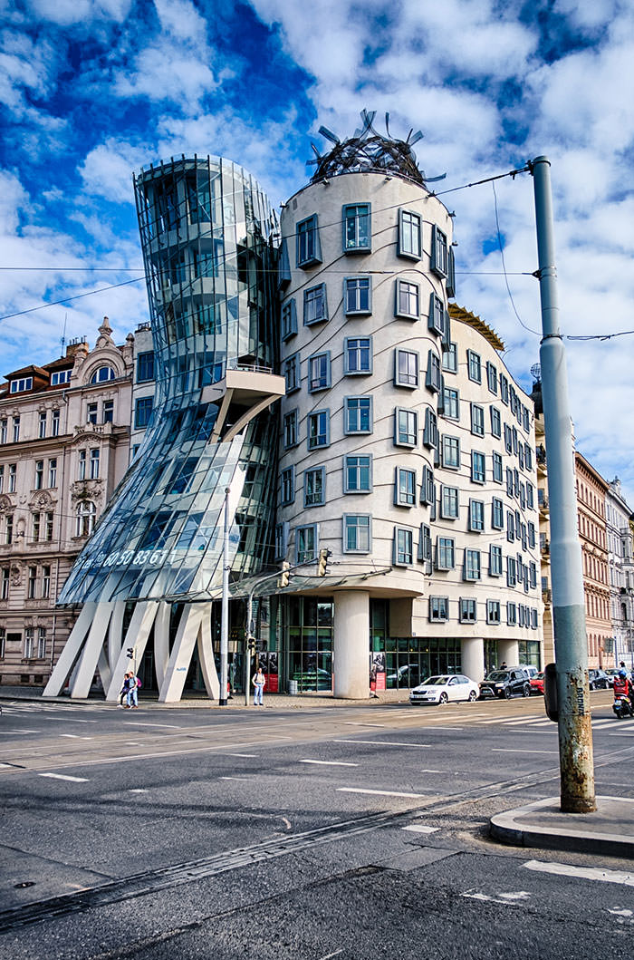 buildings by frank gehry