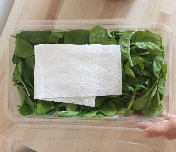 cooking and storage tips greens and paper towel
