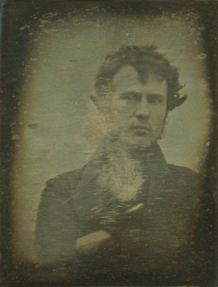 12 First Photos The Oldest Ever Self Portrait (1839)