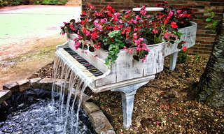 Recycle Guides: a fountain piano with flowers