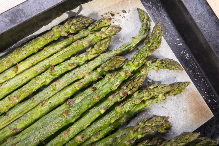 vegetables that become healthier once cooked Asparagus