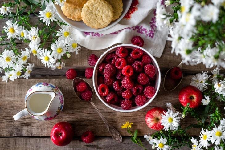 Foods You Can Indulge Without Gaining Weight raspberries