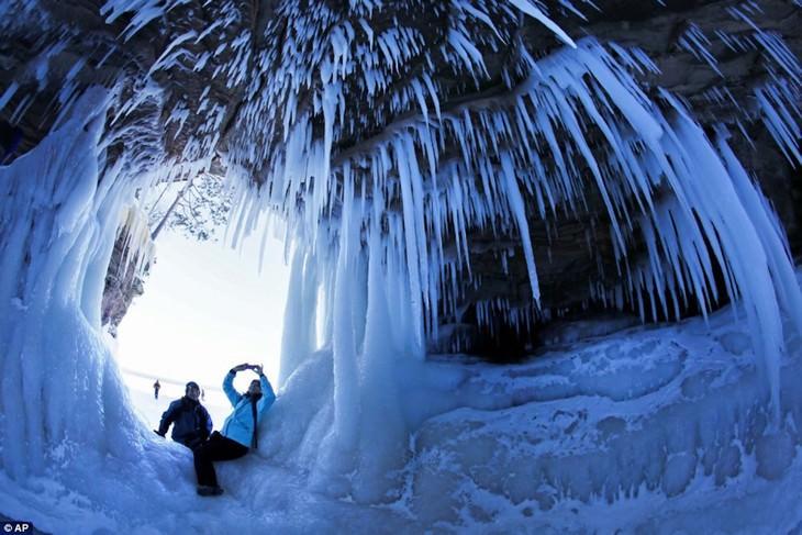 Ontario ice caves fisheye