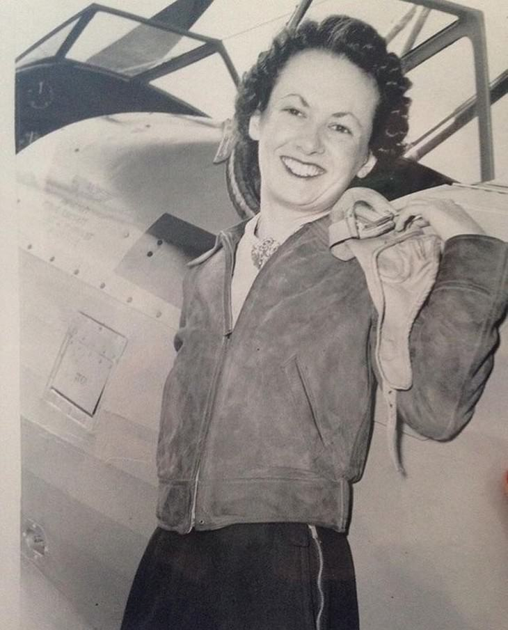 vintage photos A Woman Getting Her Pilot's License (1940's)