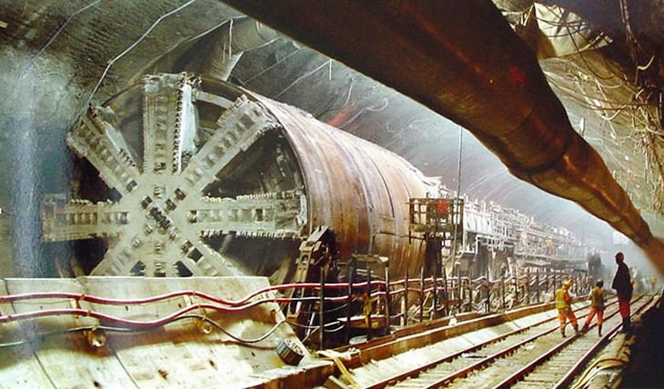 construction of famous buildings Channel Tunnel