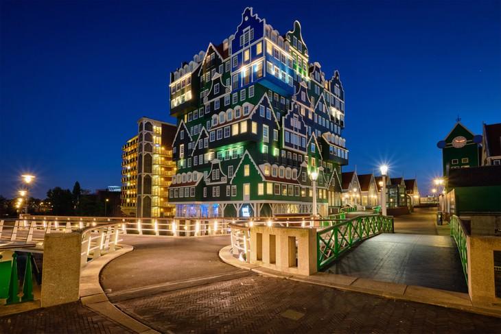 Futuristic Buildings Inntel Hotel