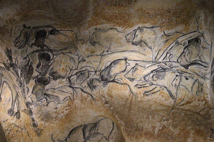 Chauvet cave: lions