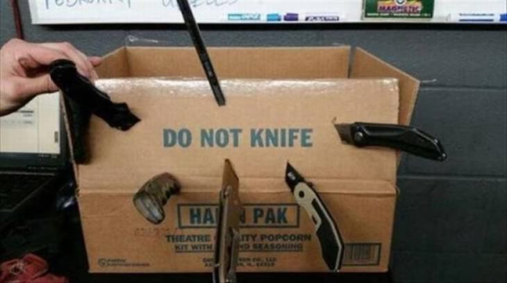 funny street signs do not knife