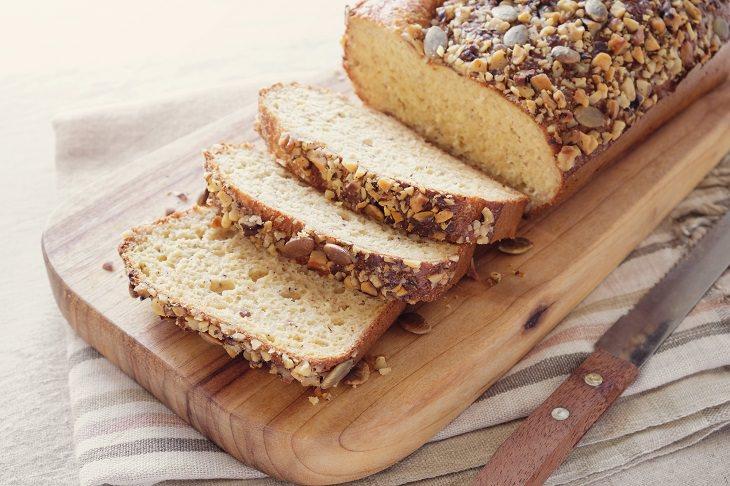 Almond bread: sliced